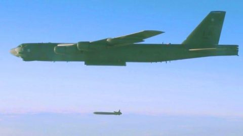 Colossal B-52 Unleashes $1 Million Nuclear Missile – 20 Feet Long, 3000-Lbs | Frontline Videos