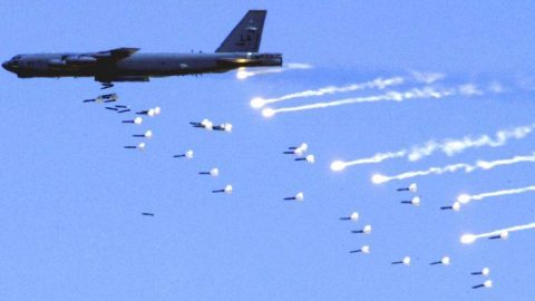 B-52s Deployed In Bombing Strikes Against ISIS Forces | Frontline Videos