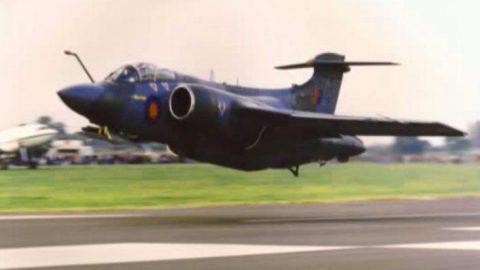 Final Flight Of The Legendary Blackburn Buccaneer – Bringing It Low | Frontline Videos