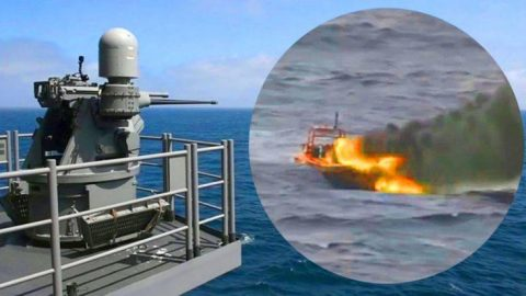 Ferocious Navy Guns Obliterate A Speeding Boat – That Isn't Even A Fight, It's A Massacre | Frontline Videos