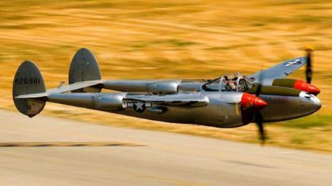 Roaring Warbirds Pull Off Insane Low Pass – Bringing The Speed! | Frontline Videos