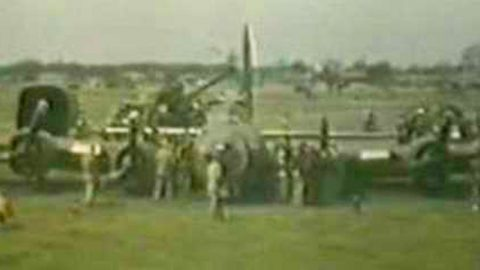 Badass WWII Footage Of A B-17 Belly Landing Like A Boss | Frontline Videos