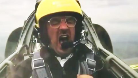 Guy Completely Ruins A Jet Flight Experience-Squeals Like A Dying Pig | Frontline Videos
