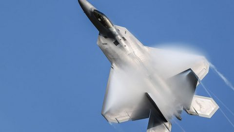F-22 Pilot Pulls Up Hard Only To Slide Down, Tail First, Down In This Eye Boggling Stunt | Frontline Videos