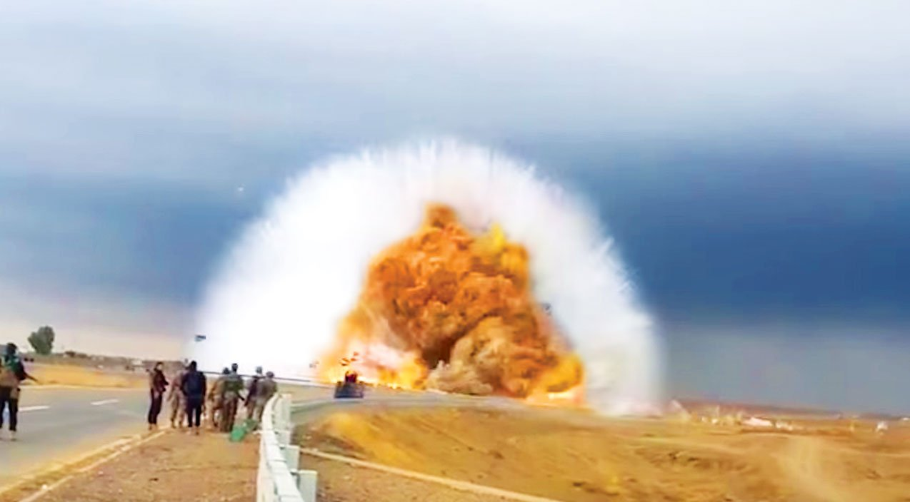 Soldier Captures Car Explosion The Shockwave Is Terrifying