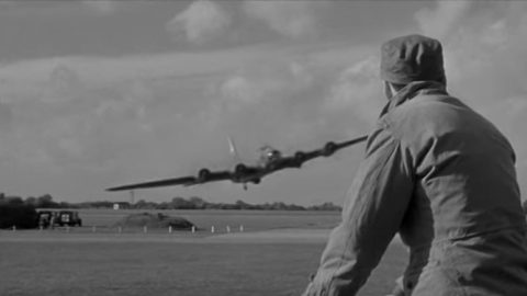 B-17 Pilot Not Giving A Damn About Regulations In This Vintage Clip | Frontline Videos