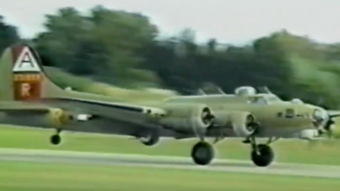 B-17 That Went Down In Connecticut Also Crashed At Beaver Co. Airport 1987 | Frontline Videos