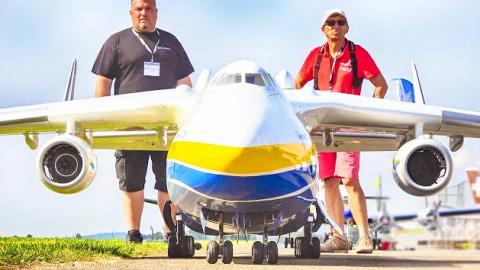 Antonov AN-225 Large RC Plane Takes To The Skies | Frontline Videos