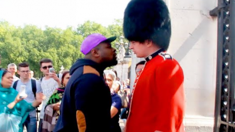 Guy Steps Up To Royal Guard's Face | Frontline Videos